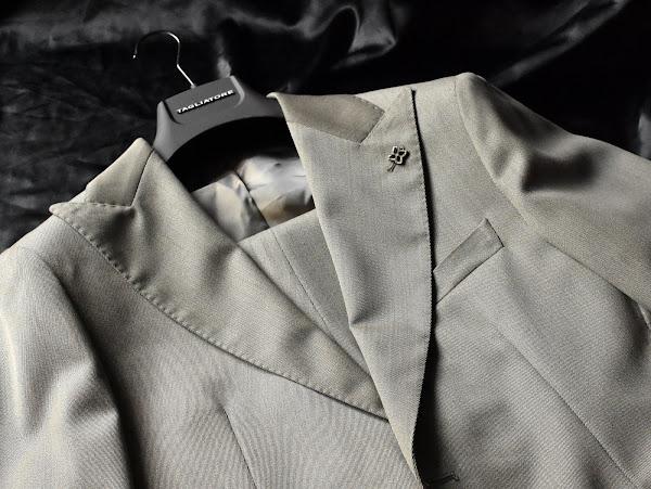 タリアトーレのスーツ