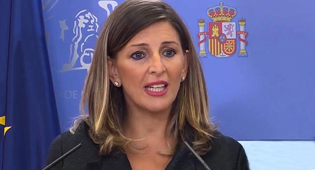 Protaurinos insultan gravemente a la ministra de Trabajo Yolanda Díaz y golpean su coche en Toledo
