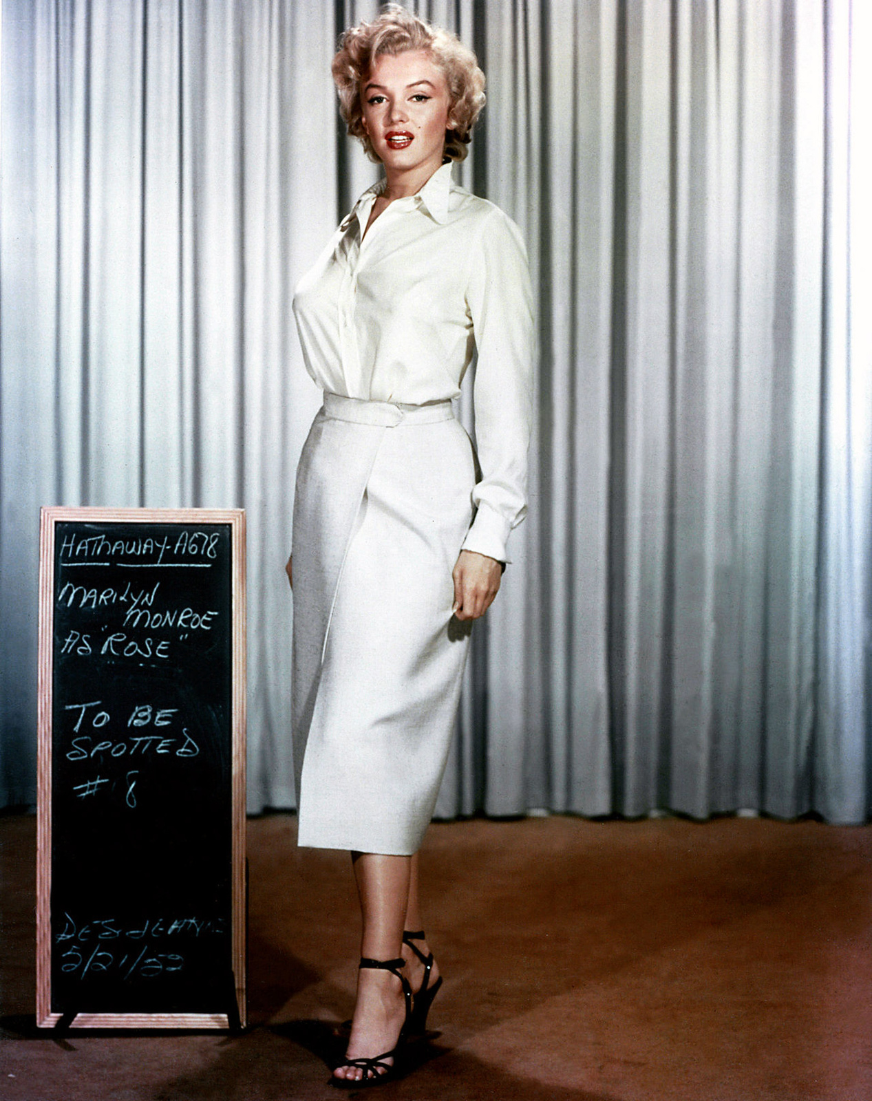 Interesting Photos Of Marilyn Monroe Wardrobe Tests For 39 Niagara 39 In 1952 Vintage Everyday