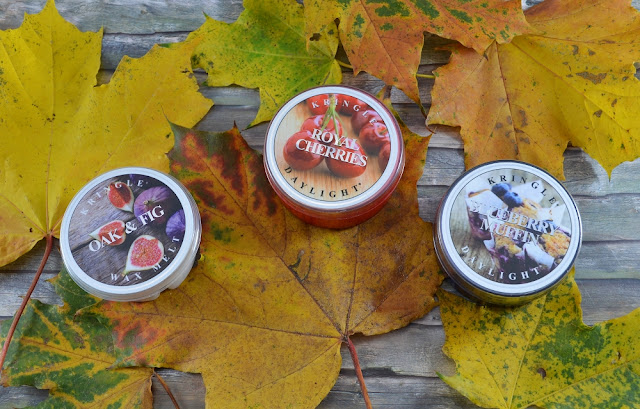 Kringle Candles oak & fig royal cherries blueberry muffin