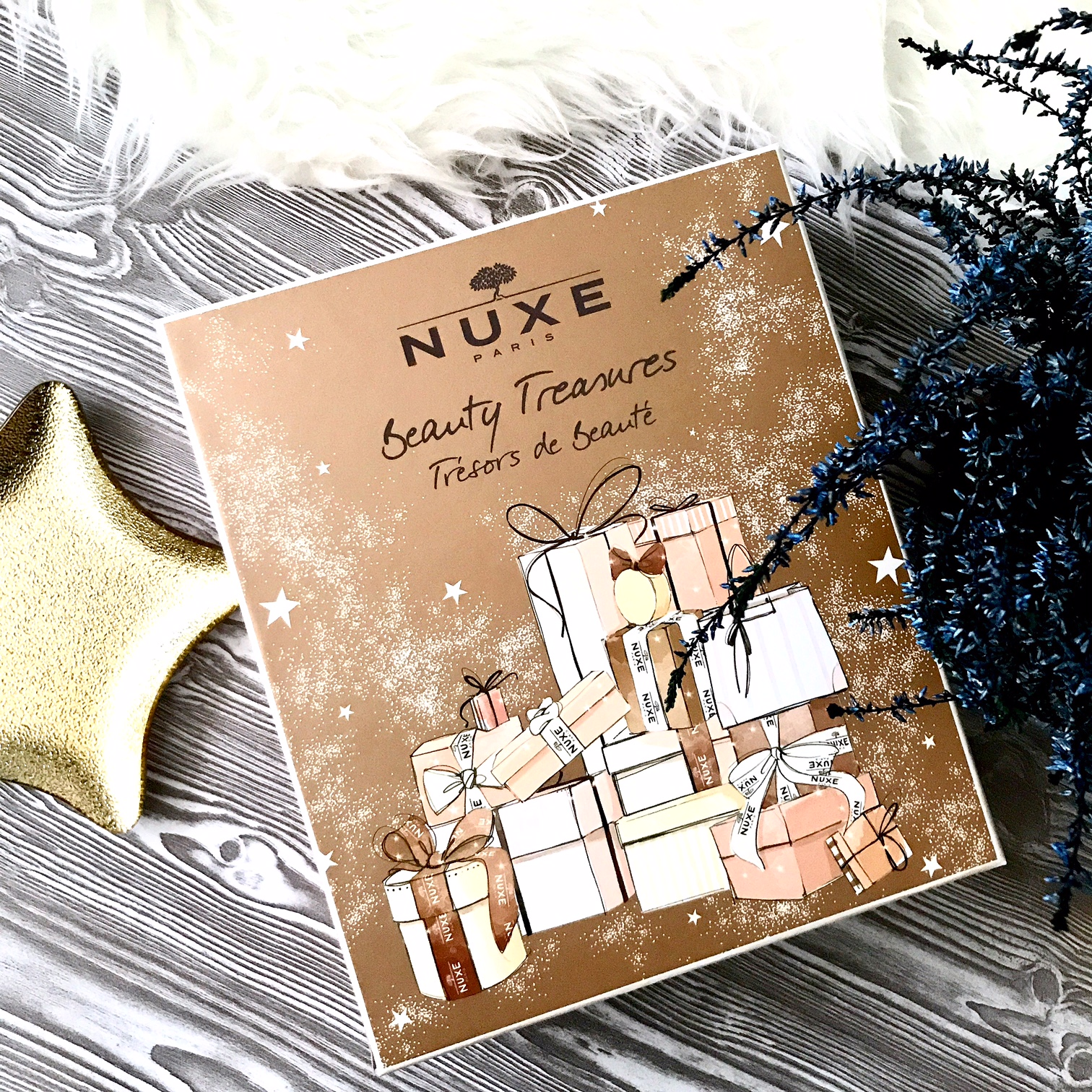 zdjęcie przedstawiające kalendarz adwentowy Nuxe