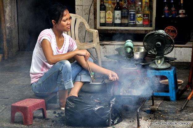 hanoi-street-cook-vietnam