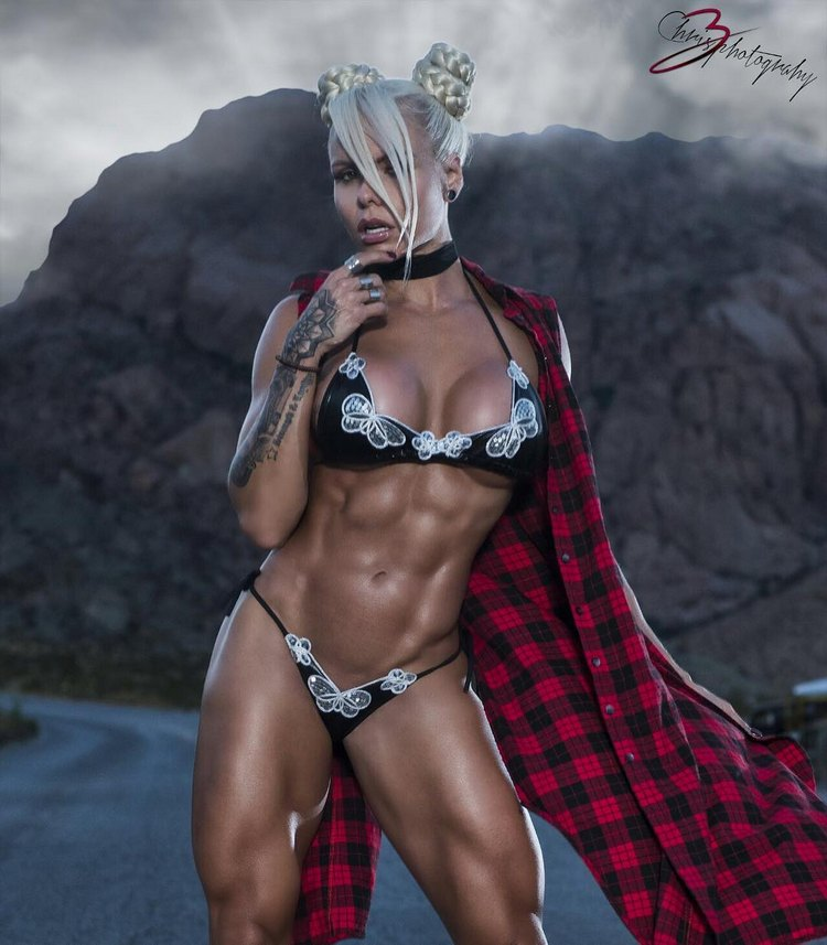 Top Fitness Models Larissa Reis