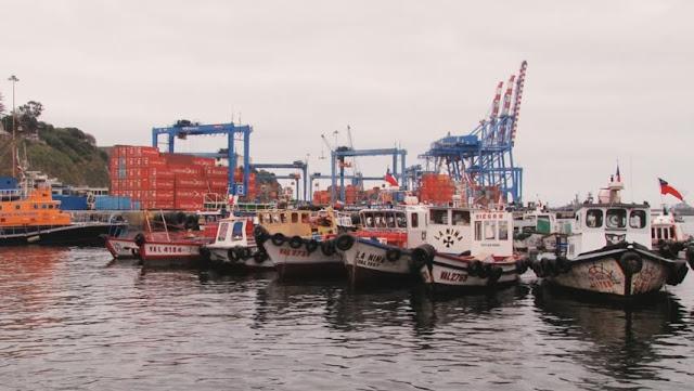Passeio romântico de barco em Valparaíso