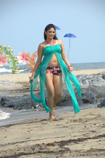 Haripriya Actress Pictures