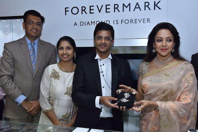 FOREVERMARK PARTNERS WITH AVR SWARNA MAHAL TO LAUNCH TWO STORES IN BANGALORE