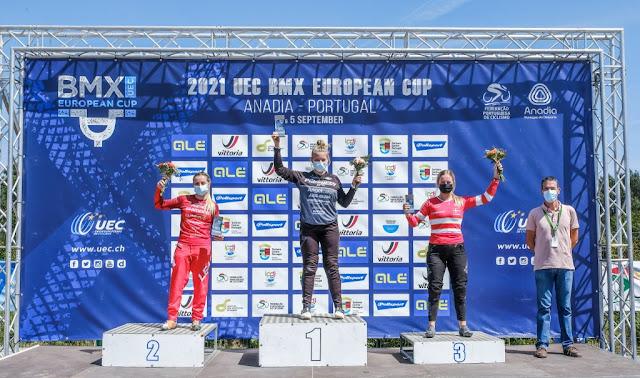 Priscilla Stevaux consegue pódio duas vezes no Campeonato Europeu de BMX Racing - Foto: FPC / Divulgação