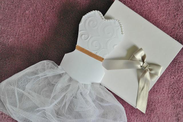 hen party invitation for the bride