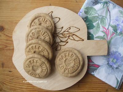 Fűszeres omlós keksz
