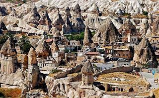Göreme Gezilecek Yerler ile ilgili aramalar ürgüp göreme gezilecek yerler göreme aşk vadisi göreme kapadokya kapadokya gezilecek yerler avanos gezilecek yerler uçhisar gezilecek yerler nevşehir gezilecek yerler kapadokya nasıl gezilir