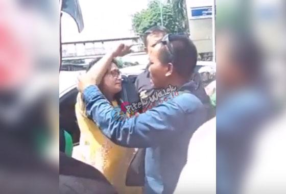 Video Ibu Ibu Ngaku Pengacara Ngamuk Dijalanan