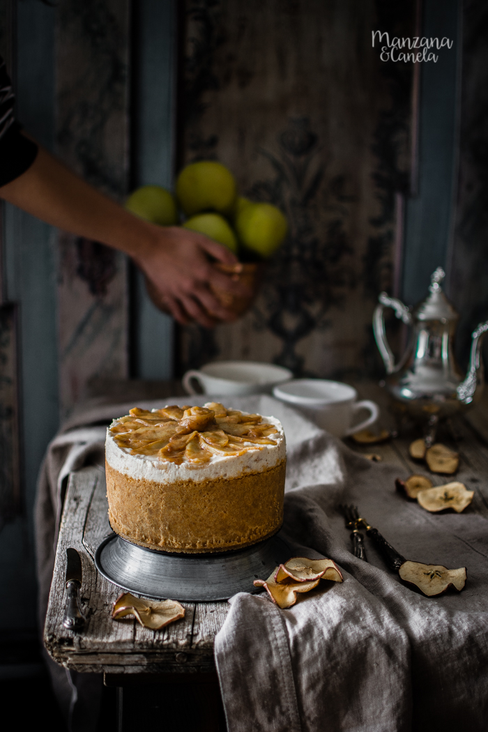 Cheesecake de manzana y canela. Receta sin horno.