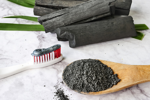 Activated charcoal for tooth whitening