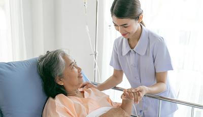 Pentingnya Menghadirkan Perawat Homecare Profesional untuk Pasien