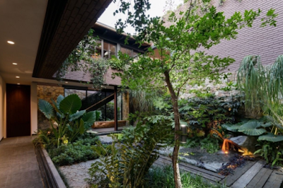 Ingin Hunian Asri? Berikut Rekomendasi Rumah Bernuansa Tropis di Emporio Architect