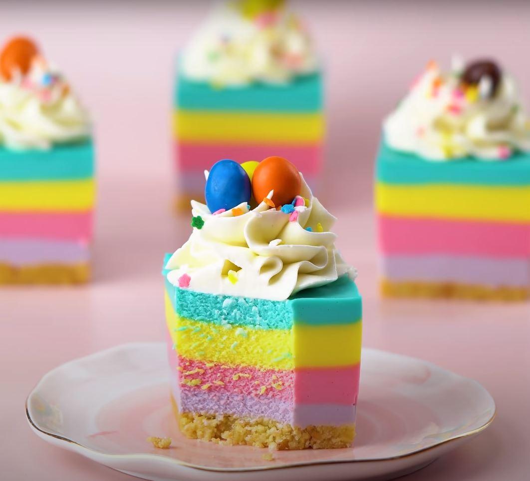 Colored cake, ibuspic