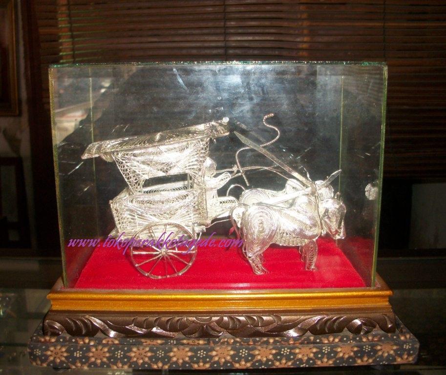 miniatur gerobak sapi silver plated