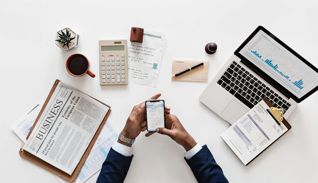 बिज़नेस प्लान बनाते समय इस बात का ध्यान देना होगा की आपको अपने बिज़नेस में किसी इनवेस्टर की जरूरत है अगर हाँ है - तो आपको डिटेल्स में Business Plan बनाना होगा ! जिसमे आपको सभी इम्पोरेन्ट सेक्शन को सामील करना होगा। जैसे - कि