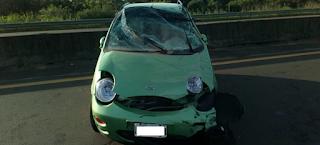 Autovía: Mujer se despisto y dio contra el guardarrail