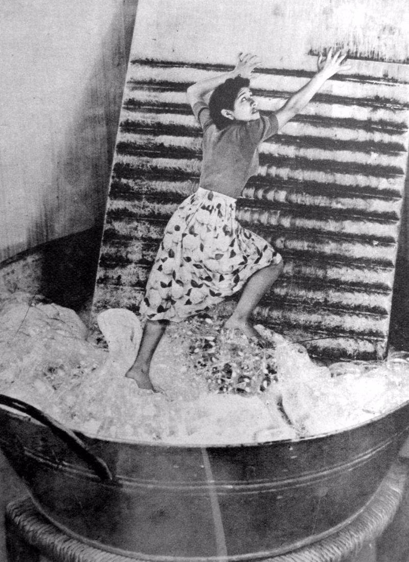 Grete Stern: The Lady ...