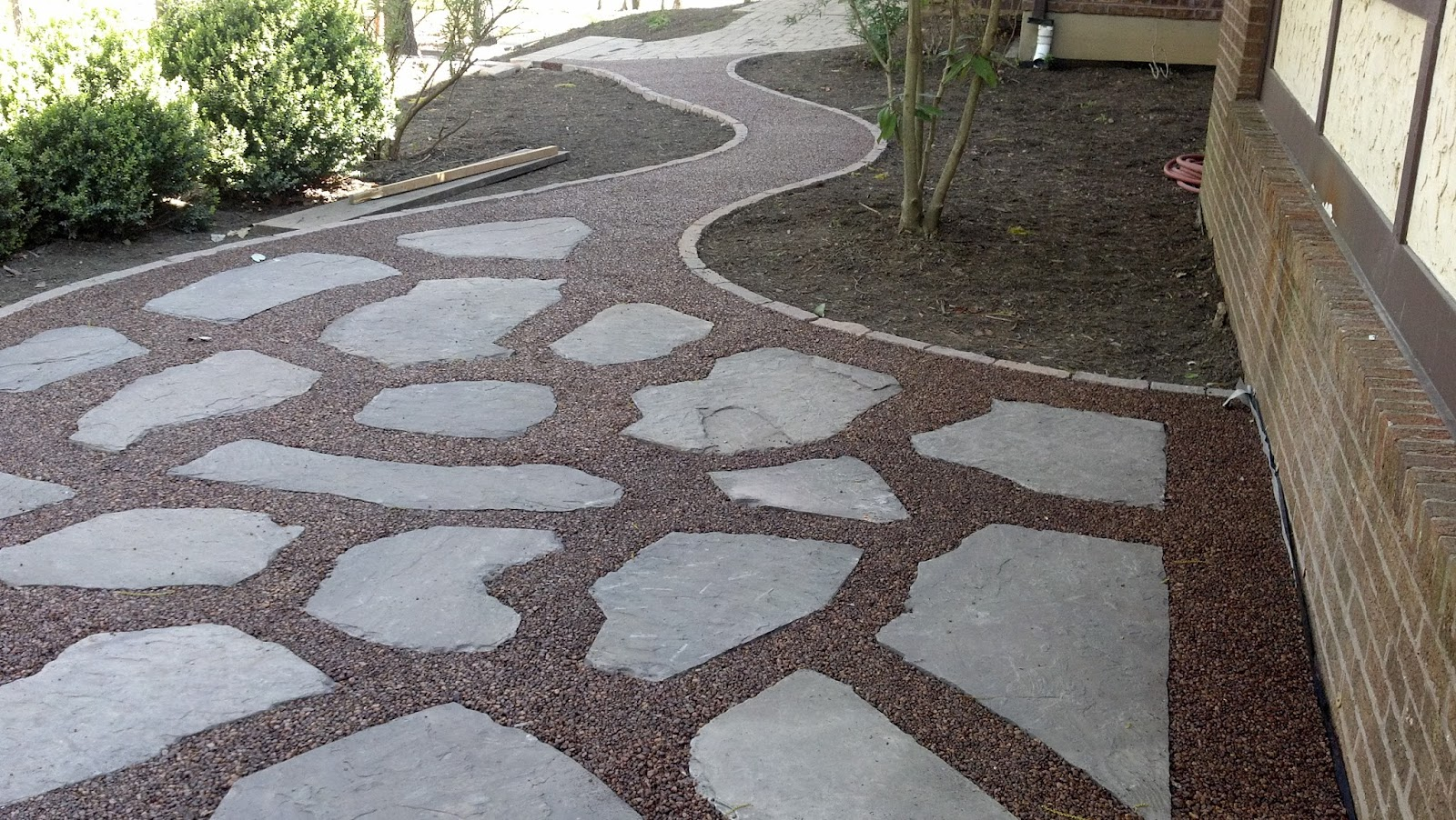 Life Time Pavers: Gravel-Lok Pebbles Patio and Walkway on Pebble Patio Ideas id=56340