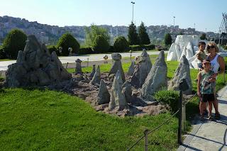 La Capadocia según las miniaturas de Miniatürk.