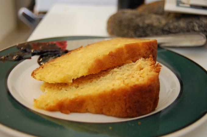 Matcha Cake with Vanilla Extract