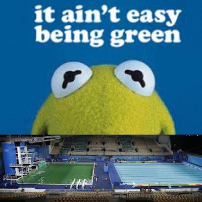 Memes piscina verde