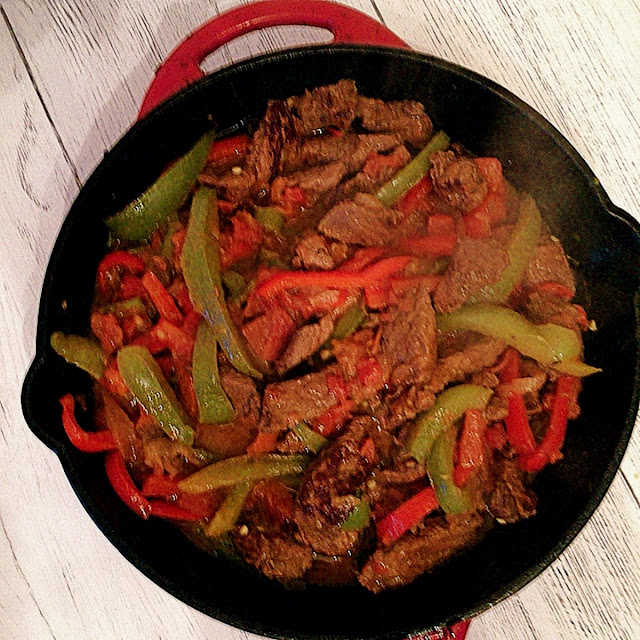 Steak Picado in cast iron skillet | The Busy Abuelita