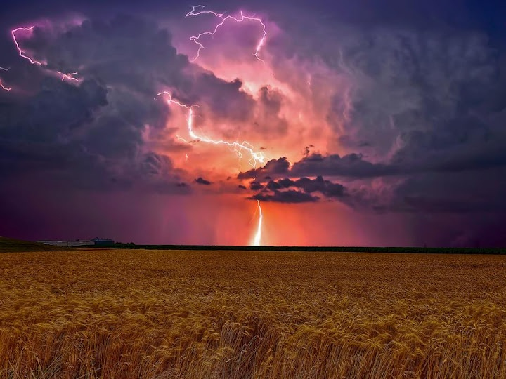 Natures power of storn in the Prairies
