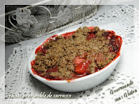 Fraises en crumble de sarrasin