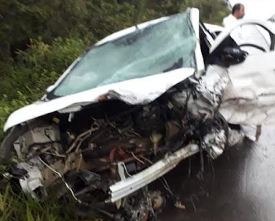 Site com notícias do Recôncavo Baiano, Batida entre carros deixa quatro mortos na rodovia BR-101