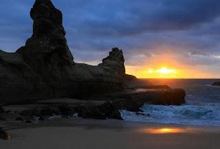 Keindahan Wisata Pantai Klayar