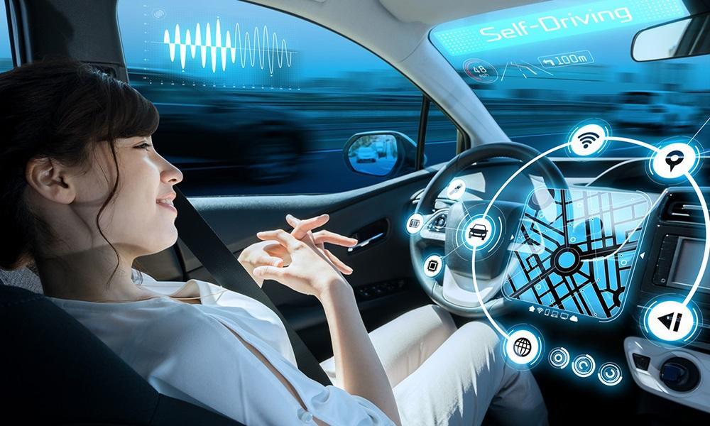 """Công nghệ lái tự động giúp người dùng có thể """"rảnh tay"""" trong khi di chuyển"""