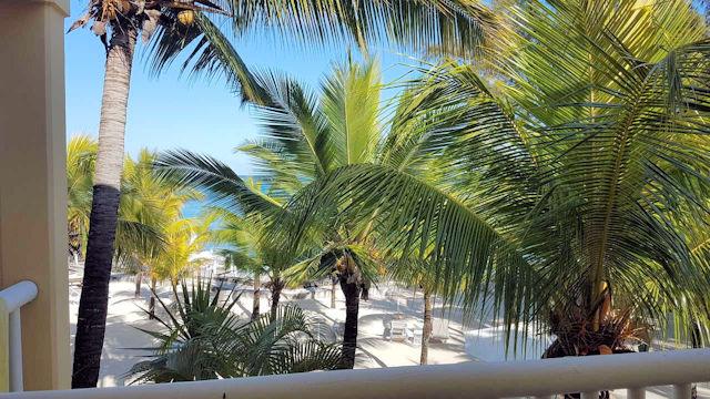Hotel Hibiscus Mauritius, Blick vom Balkon  (C) Kundenfoto