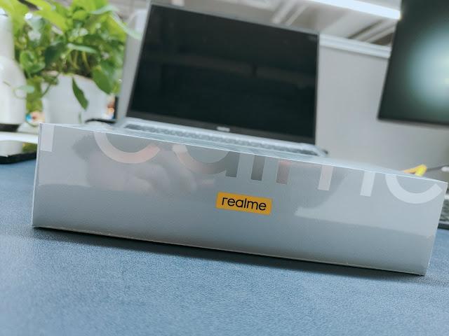 Realme GT Pro Master Edition box