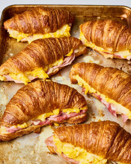 Croissant Brеаkfаѕt Sandwich