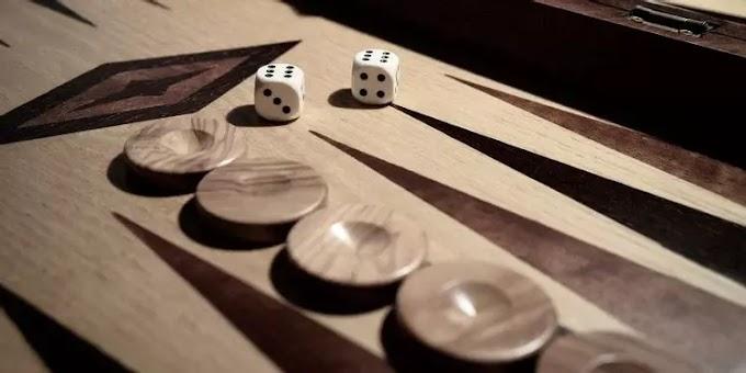 Los 6 mejores sitios web para jugar al backgammon en línea