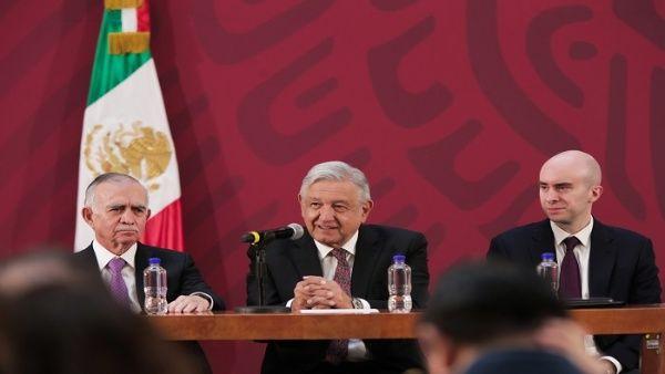 Presidente mexicano garantiza recuperación de estatal Pemex