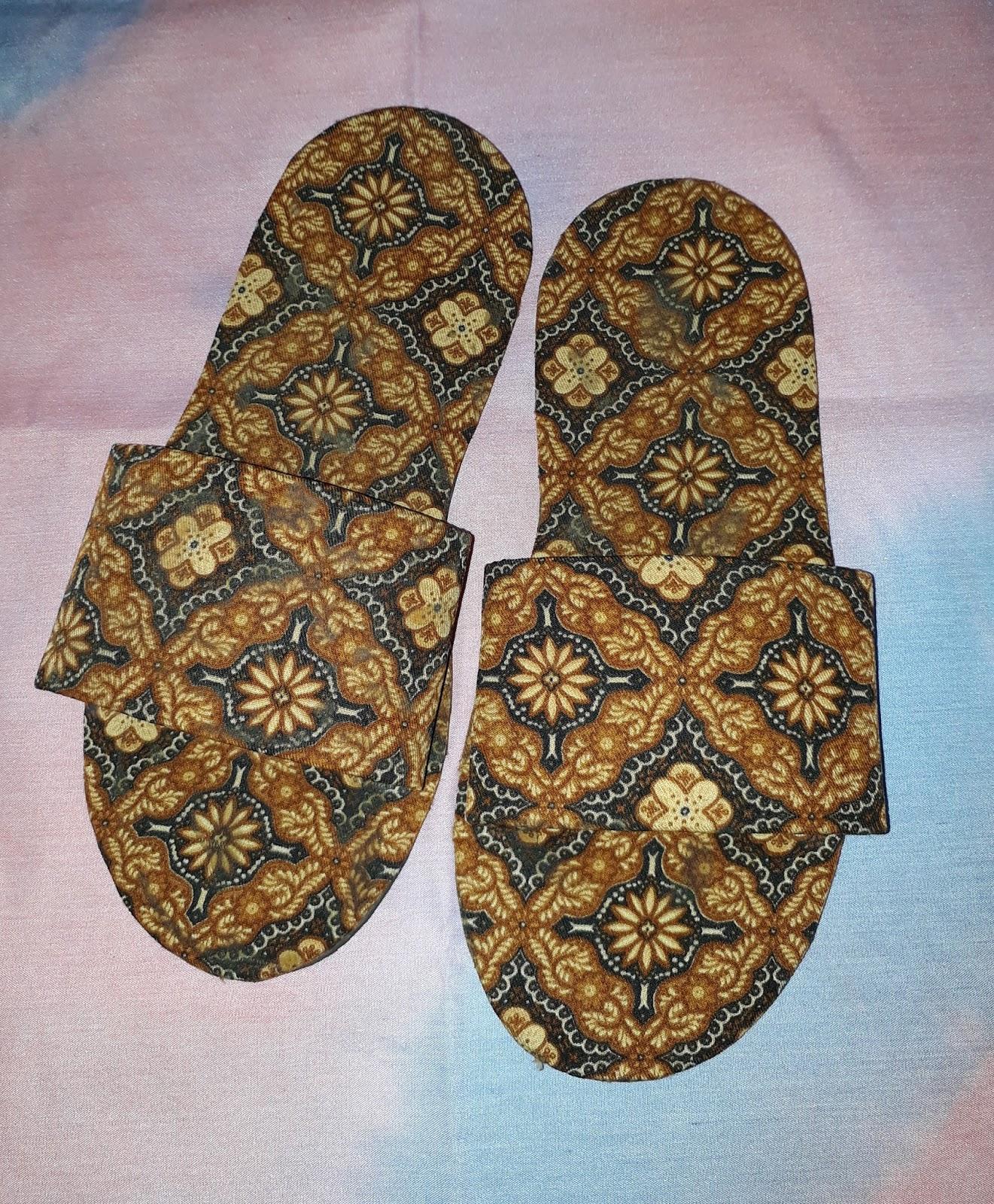 Kerajinan Kain Batik : kerajinan, batik, Membuat, Sandal, Kamar, Hotel, Batik, (Kain, Perca)