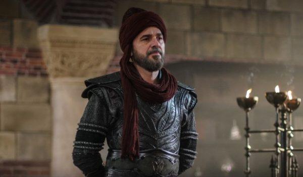 هل سيمثل الممثل إنجين ألتان دوزياتان في مسلسل تاريخي؟