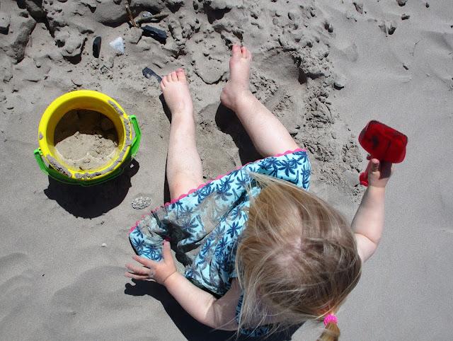 Inch beach lapsille