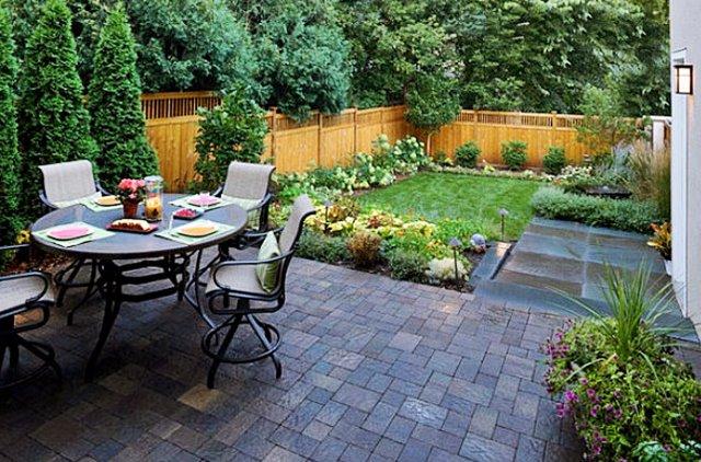 Tips-Untuk-Mempersiapkan-Taman-Belakang-Rumah-Dengan-Sederhana
