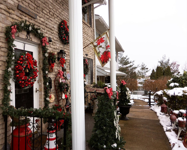 Christmas Home Tour, Front Porch and Yard, 2019