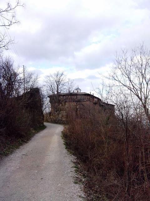 , Little, but beautiful Lastovica cave
