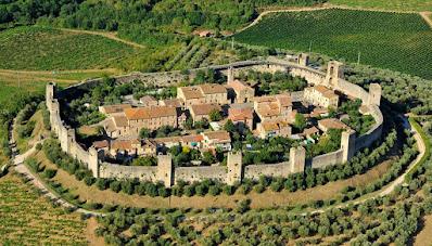 Turismo e viaggi: Borghi piu' belli - Monteriggioni