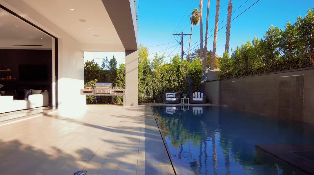35 Photos vs. 8450 W 4th St, Los Angeles, CA Interior Design Luxury Home Tour
