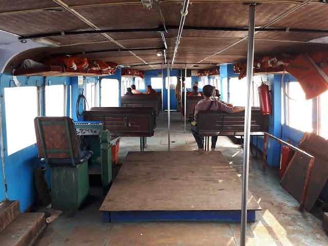 Intérieur d'un ferry