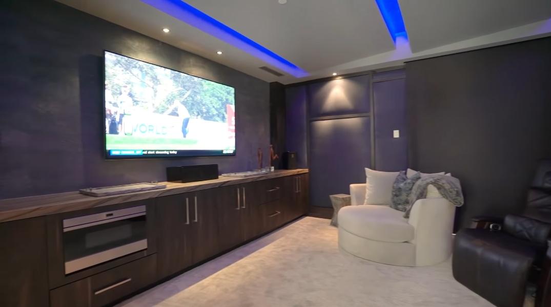 49 Interior Design Photos vs. 81266 Peary Pl, La Quinta, CA Ultra Luxury Mansion Tour