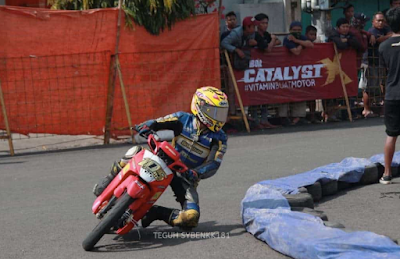 modifikasi motor vega r road race